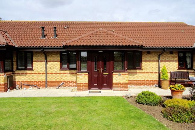 Thumbnail Terraced house for sale in Edam Court, Spalding