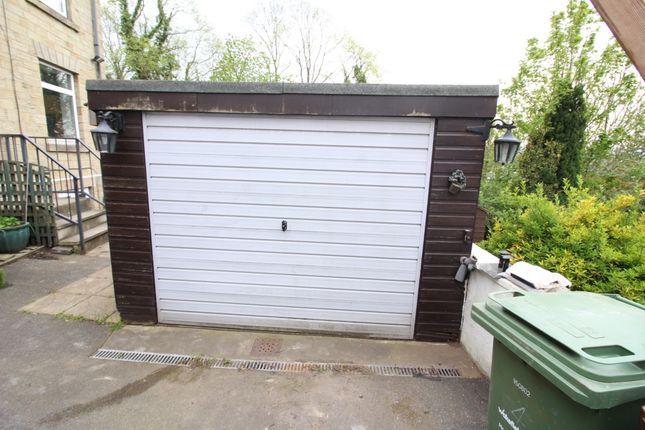 Garage of Quarry Buildings, Horbury, Wakefield, West Yorkshire WF4