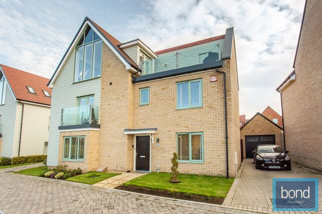 Thumbnail Detached house for sale in Fairway Drive, Channels, Chelmsford