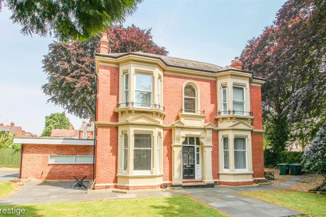 Thumbnail Detached house for sale in West Avenue, Coventry