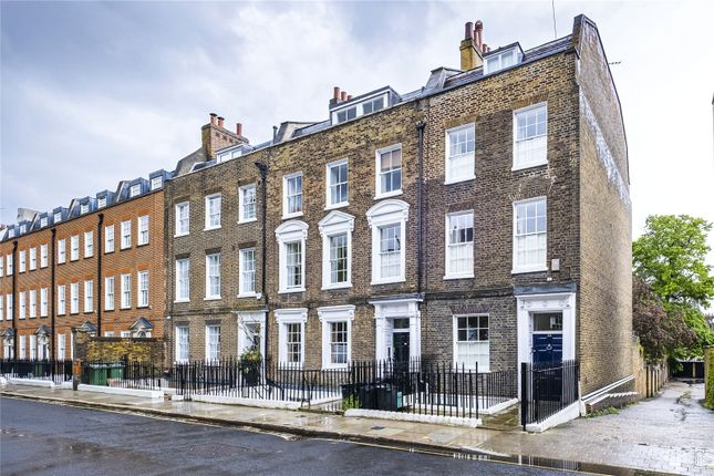 Thumbnail End terrace house for sale in Colebrooke Row, London