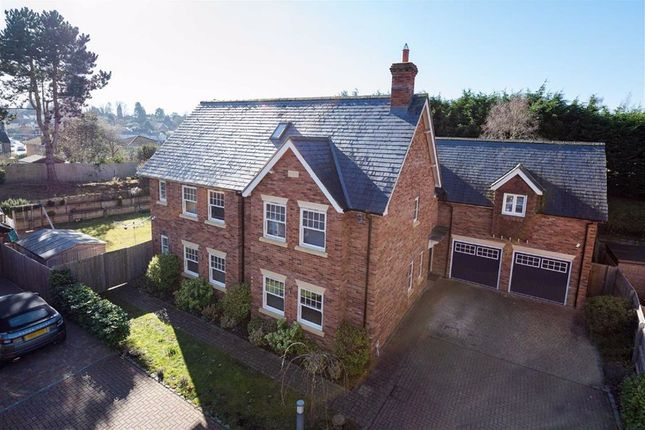 Thumbnail Detached house for sale in Banwell Place, Woburn Road, Heath And Reach
