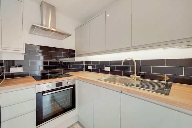 1 bed flat to rent in Pincott Place, Brockley, London SE4