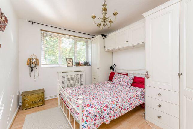 Thumbnail Flat to rent in Carslake Road, Putney Heath, London