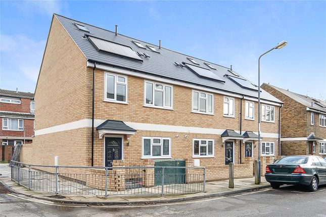 Thumbnail Terraced house to rent in Armitage Road, Greenwich, London