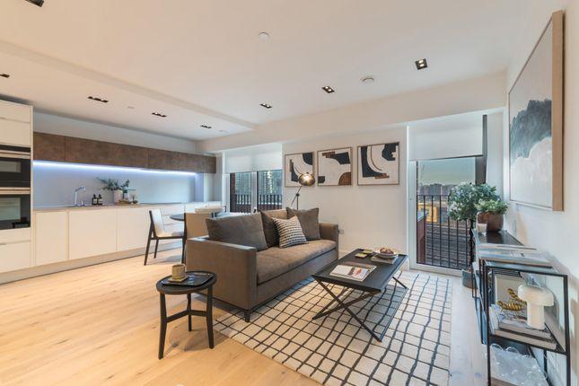 Thumbnail Flat to rent in Exchange Gardens, Keybridge House, London