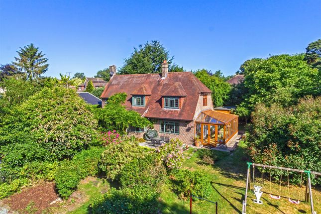 Thumbnail Detached house for sale in The Paddock, Westerham