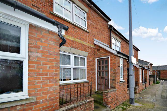 Thumbnail Maisonette for sale in Crowhurst Road, Colchester