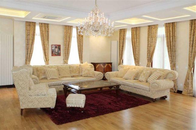 Thumbnail Villa for sale in Valara Djoke Jovanovica Street, Belgrade, Serbia