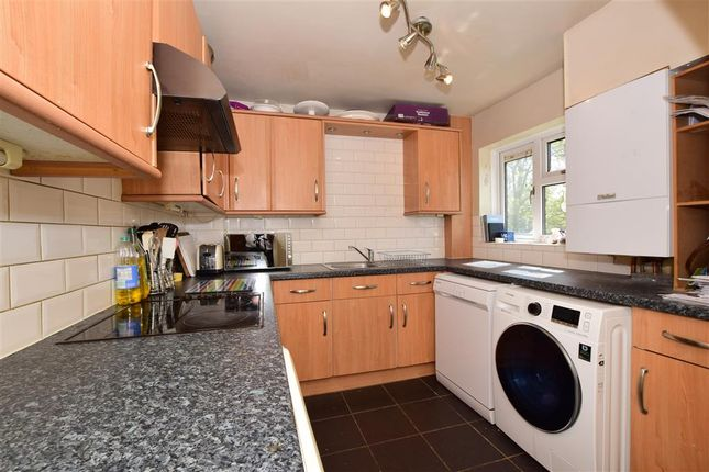 Thumbnail Maisonette for sale in St. Peters Avenue, Ongar, Essex