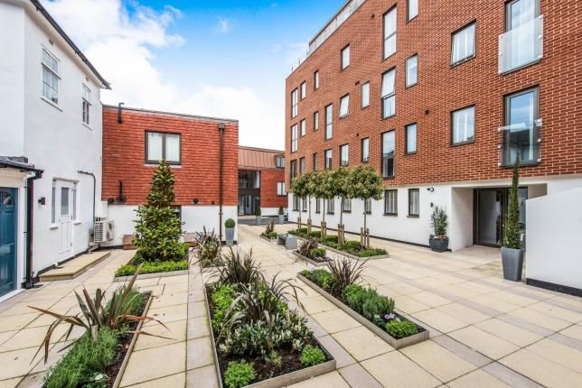 Thumbnail Flat for sale in Chertysey Street, Guildford, Surrey