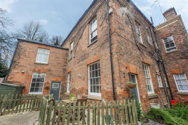 2 bed flat for sale in The Butts, Warwick