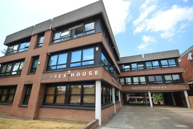 1 bed flat to rent in Sussex House, East Grinstead RH19