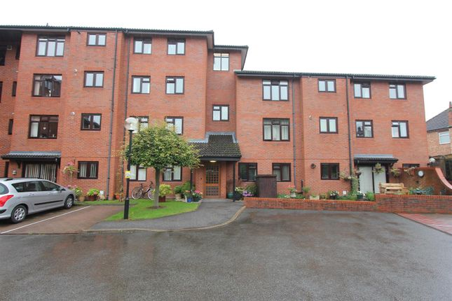 Thumbnail Flat for sale in Ashby Road, Hinckley