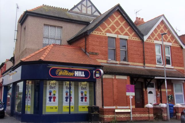 Thumbnail Flat for sale in Palace Avenue, Rhyl