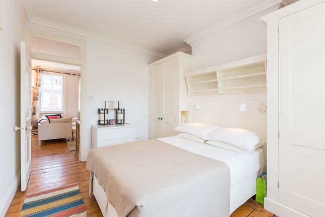 Bedroom of St. Johns Wood High Street, London NW8