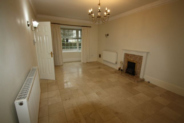 Sitting Room of Jennings Close, St James Park, Long Ditton KT6