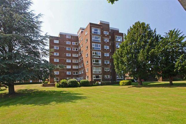 Thumbnail Flat To Rent In Broom Park Teddington