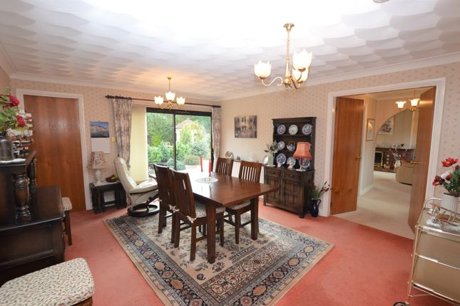 Dining Room of Five Ashes Road, Chester CH4