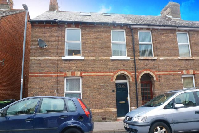 3 bed property to rent in Alfred Place, Dorchester DT1