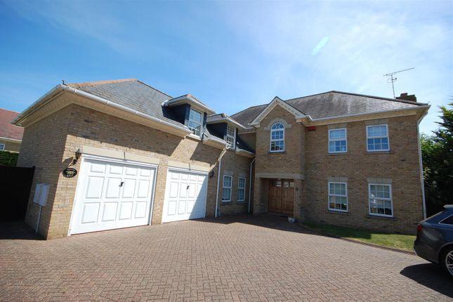Thumbnail Detached house for sale in Mallow Walk, St James Parish, Goffs Oak