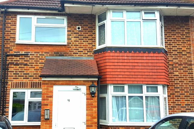 Thumbnail Flat to rent in Mornington Crescent, Bath Road Hounslow Cranford