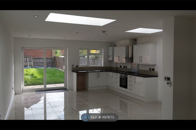 4 bed terraced house to rent in Fisher Road, London HA3