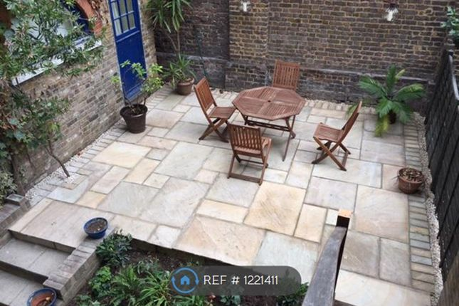 3 bed flat to rent in Cannon Street Road, London E1