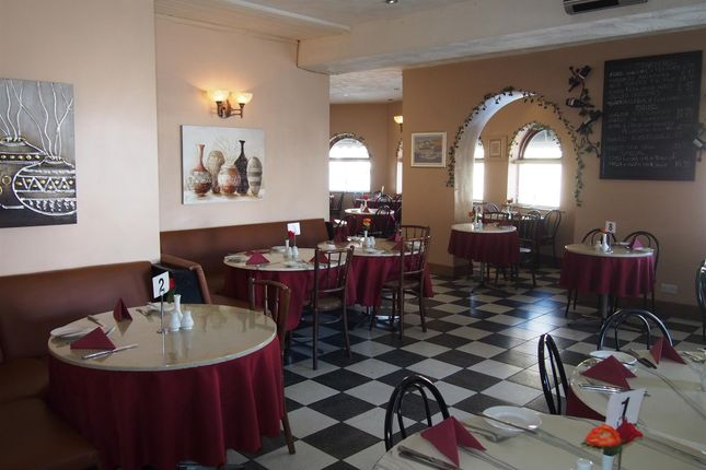 Photo 3 of Restaurants WF5, West Yorkshire