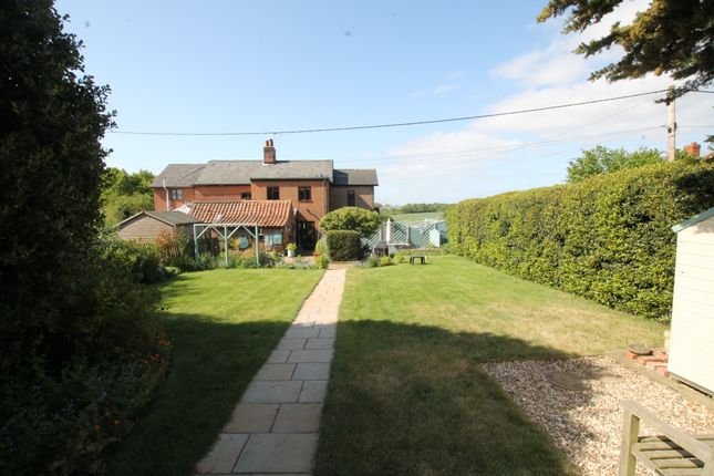 3 bed cottage for sale in Holly Close, Little Bealings