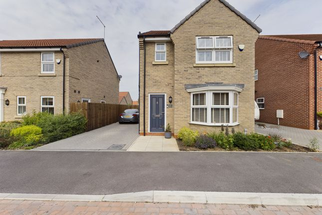 3 bed detached house for sale in Rowton Drive, Hull HU11