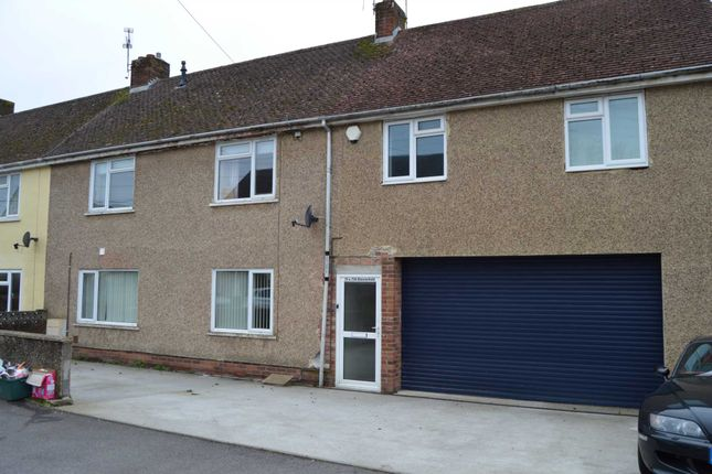 Thumbnail Terraced house to rent in Chesterfield, Chard