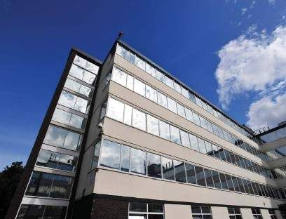 Office to let in Crosby Road North, Liverpool