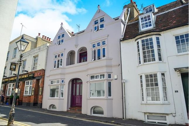 Thumbnail Property to rent in Camelford Street, Brighton