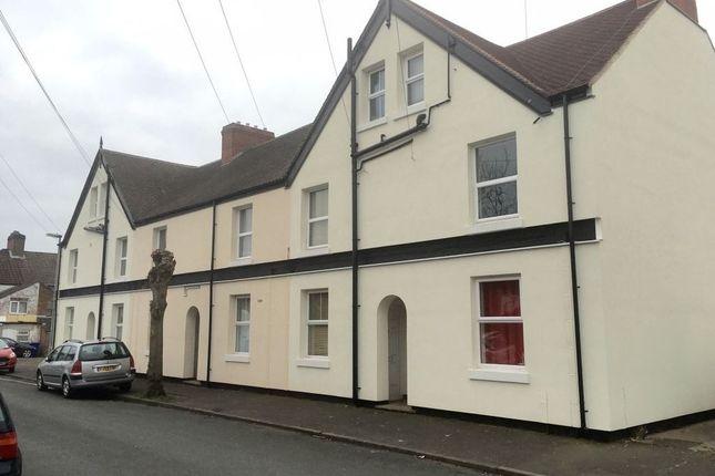Thumbnail Flat to rent in Balfour Street, Burton Upon Trent, Staffordshire