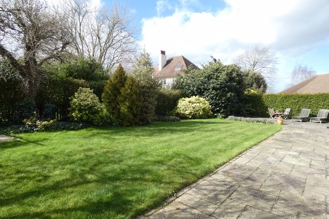 Photo 17 of Howard Close, West Horsley, Leatherhead KT24
