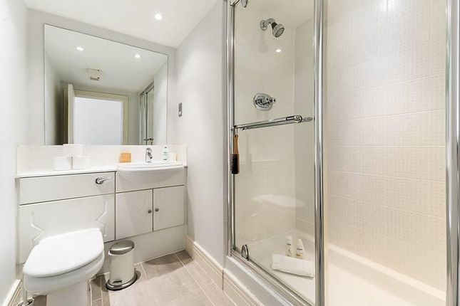 En-Suite of Albert Street, Camden NW1