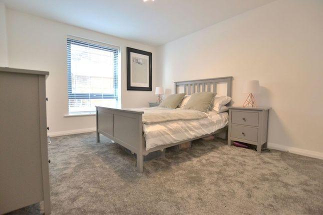 Bedroom 1 of Madison Square, Liverpool L1