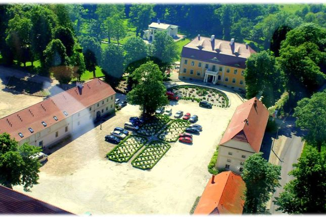 Thumbnail Hotel/guest house for sale in Wiechlice Hotel & Spa, Wiechlice Hotel & Spa Located At German-Polish Border, Poland