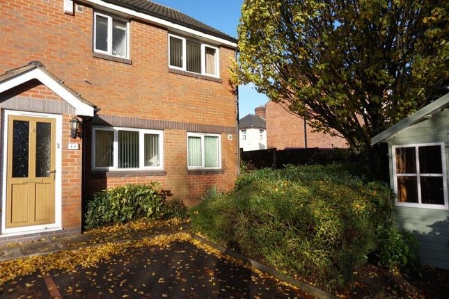 Thumbnail Flat to rent in Fenpark Road, Fenpark, Stoke-On-Trent