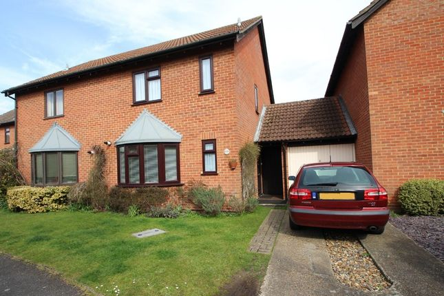 Thumbnail Semi-detached house to rent in Churchfields, West Molesey