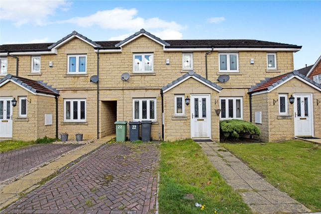3 bed town house for sale in Summerbank Close, Drighlington, Bradford, West Yorkshire BD11