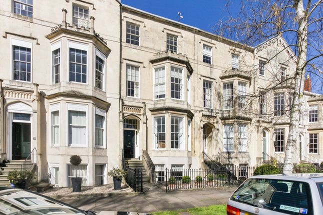 Thumbnail Flat to rent in Clarence Square, Cheltenham