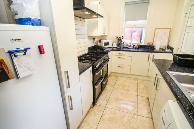 Thumbnail Terraced house to rent in All Bills Included, Winston Gardens, Headingley