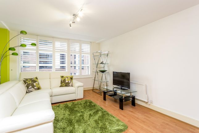 Thumbnail Flat for sale in Consort Rise House, 199-203, Buckingham Palace Road