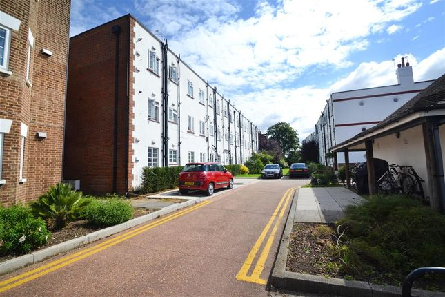 Main Picture of Merton Mansions, Bushey Road, Raynes Park SW20