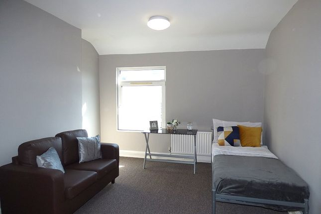 Bedroom (Main) of Chapel Street, Derby DE1