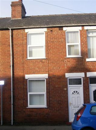 Thumbnail Terraced house to rent in Exchange Street, South Elmsall, Pontefract