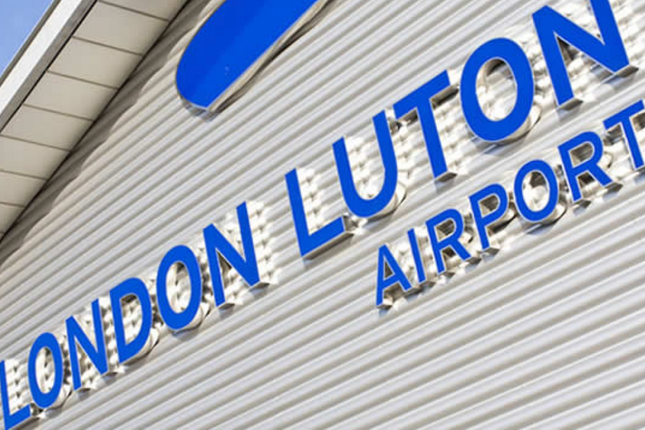 Airport  of Pearman Court, Luton LU1