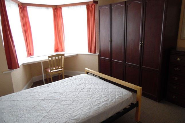 Thumbnail Property to rent in Kinson Road, Bournemouth